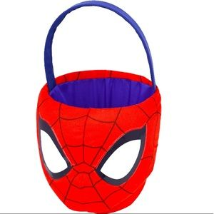 🐇 DC comics Spiderman medium plush Easter basket